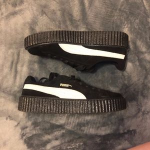 Rihanna Fenty Black - White Star Suede Creepers